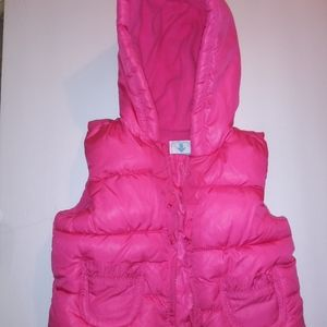 Old Navy Hooded Puffer vest 6 to 12 months